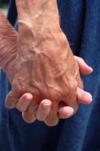 Öreg kezek